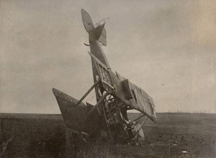 Rozbity niemiecki samolot, nieznana lokalizacja 1916 rok