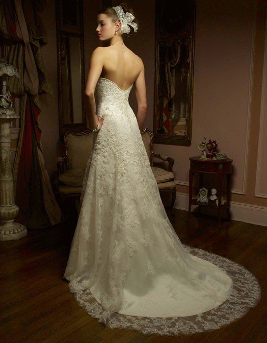 Casablanca Bridal 1827 Vintage Lace Sample Sale Wedding Dress