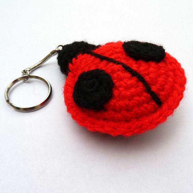 Red ladybird crochet keyring