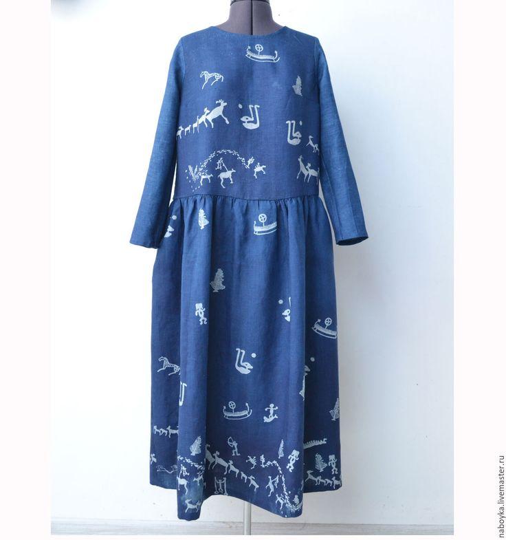 Купить или заказать Платье 'Онего' Кубовая набойка. Индиго. в интернет-магазине…