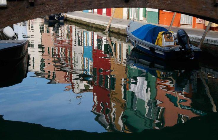 I colori delle facciate di #Burano tra reale e virtuale