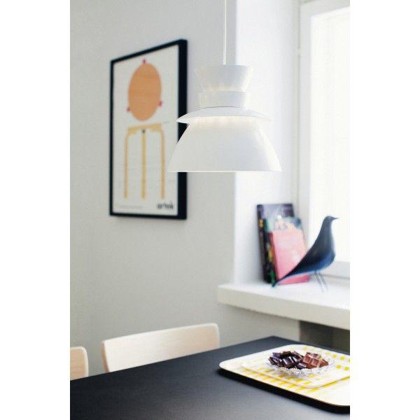 Artek Utzon U336 hanglamp. De organische, schelpachtige vormen representeren de natuur in al haar schoonheid. #Artek #hanglampen #design #Flinders