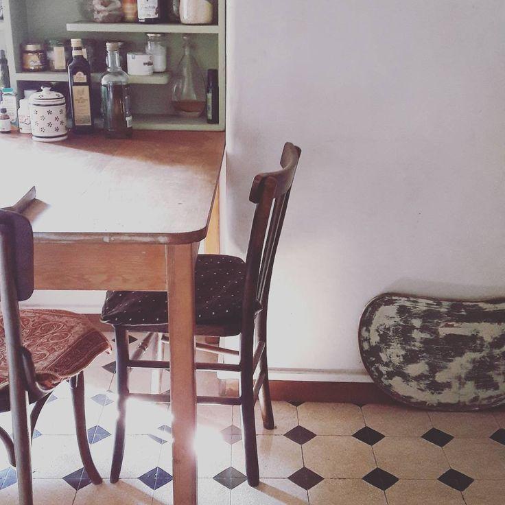 "Eva Marie (@evamariealterazioni) su Instagram: ""#alterazioniviniliche #breakfasttime #EMkitchen #kitchen  #interior"