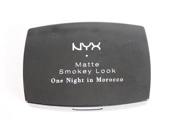 NYX Matte Smokey Look One Night In Morocco, sminkpalett, ögonskugga www.simplet.se säljer ditt smink åt dig på nätet!