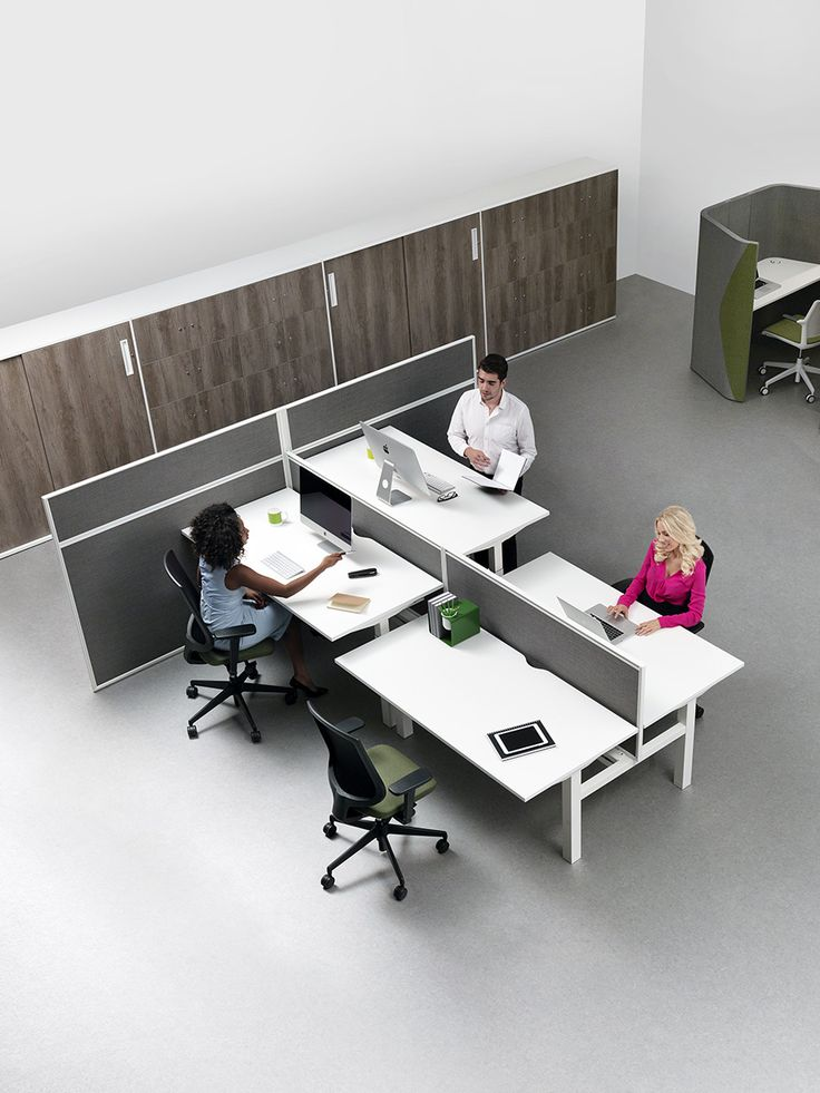 Chemistry / CHMSTRY  Systems desking Chemistry is based around a pair of horizontal beams which provide a robust structure and a continuous fixing method for all furniture elements. Legs, screens, wire management, work surfaces and accessories can be attached at any point along the beams regardless of desk module.