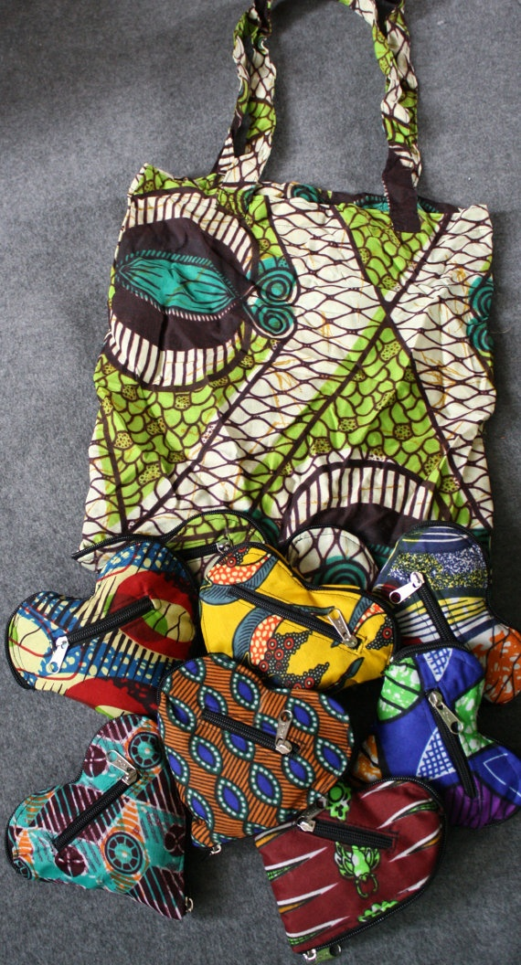 Convertible ethnic print heart shopping bag by ThousandHills #fairtrade