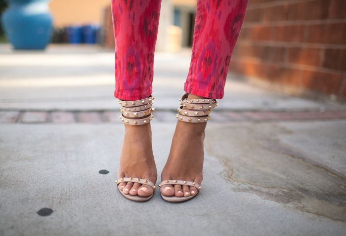 .. ikat & studs ..: Studs, Nude Shoes, Fashion Shoes, Prints Pants, Spikes, Summer Shoes, Jeans, Nude Heels, Sandals