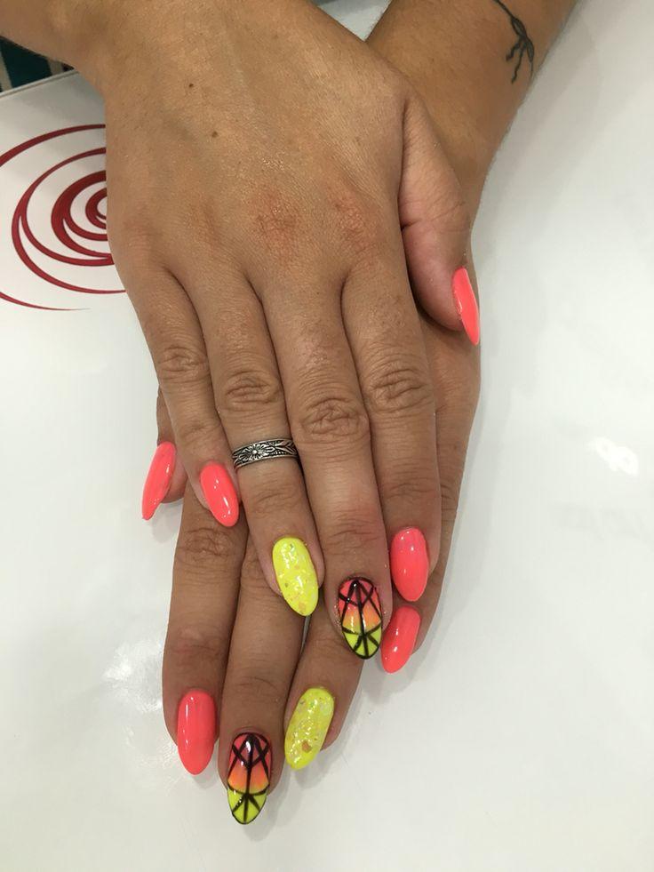 Nails art pico summer verano fluor amarillo rosa