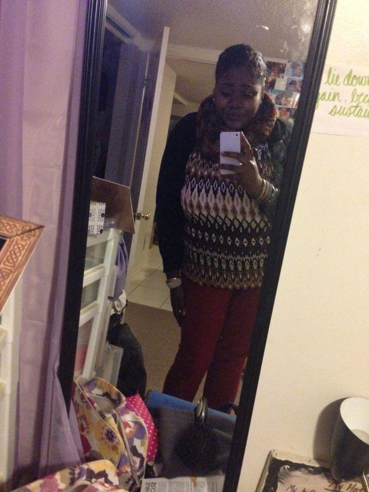 Work ootd: black cardigan + printed shirt + red jeans.