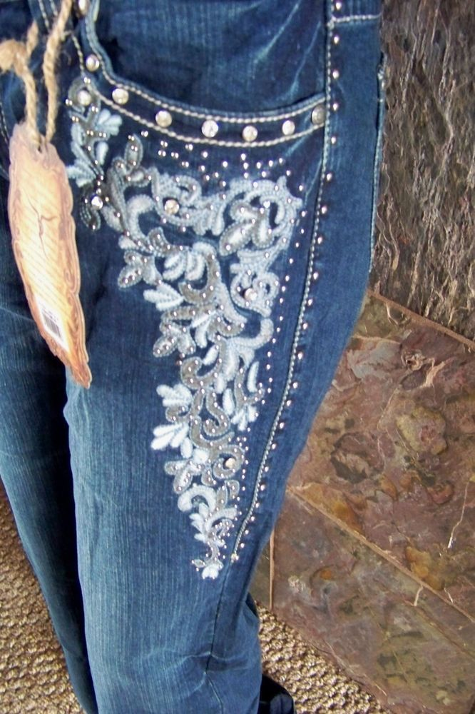 1000  images about Embellished Cowgirl boot cut jeans on Pinterest ...