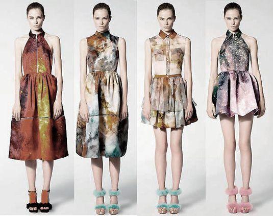 Galaxy inspired clothing.: Galaxy Print Dresses, Fashion, Galaxies, Christopher Kane, Kane Resort, Google Search, Kane Galaxy, Space Dresses