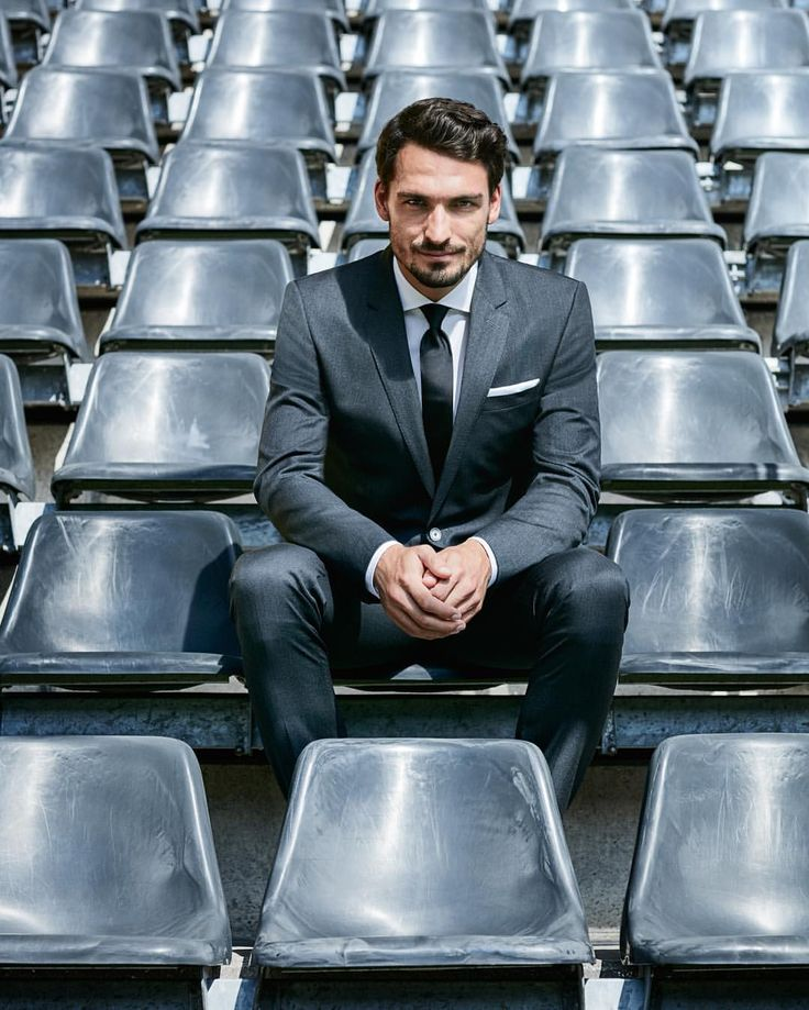 """HUGO BOSS on Instagram: """"Game changer. It's all to play for in tonight's #europaleague match - good luck to Mats Hummels! #bosssports #fcpbvb"""""""