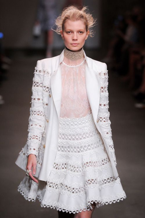 Zimmermann - New York Fashion Week / Spring 2016