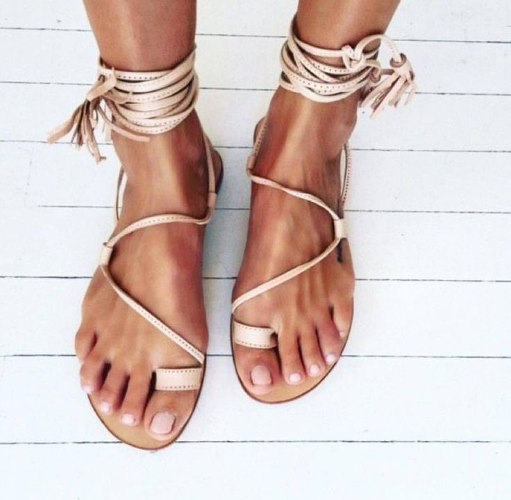 Want a pedicure that lasts? Try adding two servings of Vida Glow's marine collagen into your diet daily