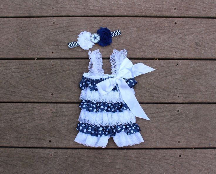 NFL Dallas Cowboys inspired headband and romper- perfect for football season! Dallas Cowboys baby outfit, Dallas Cowboys girl outfit - pinned by pin4etsy.com