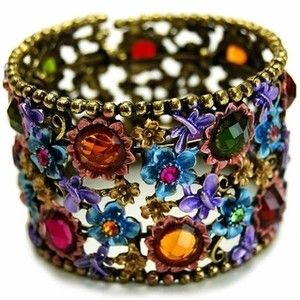 These 25+ Multicolor Jewels Will Live Up Your Outfit And Uplift Your Mood As Well  - Jewelry Set is one of the biggest wish of every women. Due to increasing prices of gold, it is going to be more complicated to afford the Gold Jewelle... -  img-thing .