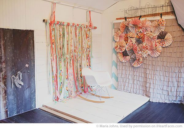 {DIY} Home Photography Studio Shed via Maria Johns and iHeartFaces.com