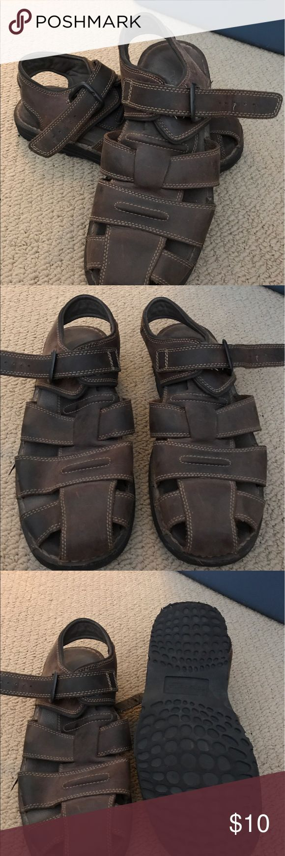 Like NEW * Sandals by Rockport, Size 10, NICE! Like NEW * Sandals by Rockport, Size 10, NICE! Color: Brown. Weather look all Leather. Buckle close. Worn twice. NICE! Rockport Shoes Sandals & Flip-Flops