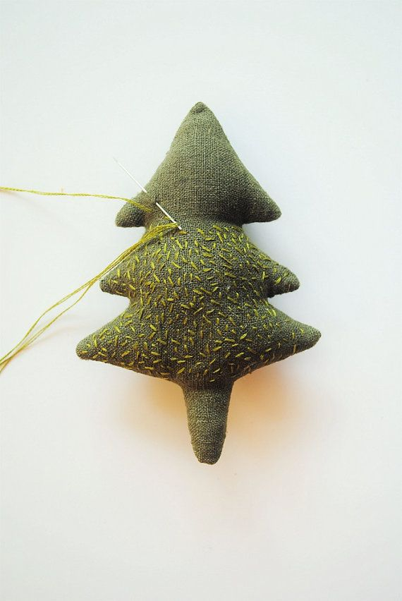 Fabric ornament sewing pattern /Christmas hanging by willowynn