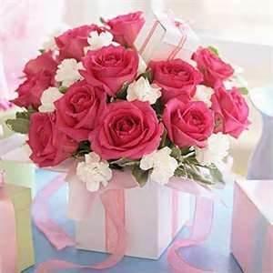 como soporte para las flores una caja bonita