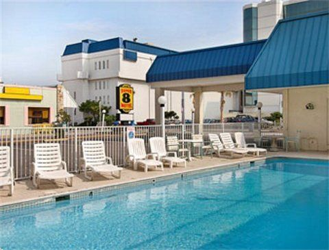 Sand and sun worshipers, this Super 8 Motel in Virginia Beach is directly across the street from the beach and close to Ocean Breeze Fun Park.