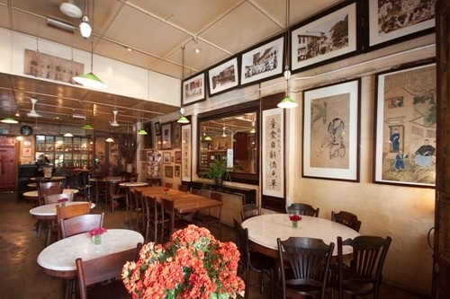 Old China Cafe is a hidden gem that offers a glimpse of colonial-era KL. Much of the pre-war interior is as it was since 1920's. Now a Peranakan restaurant, tea house and antique gallery, stepping in takes you back to the old world. Nice!