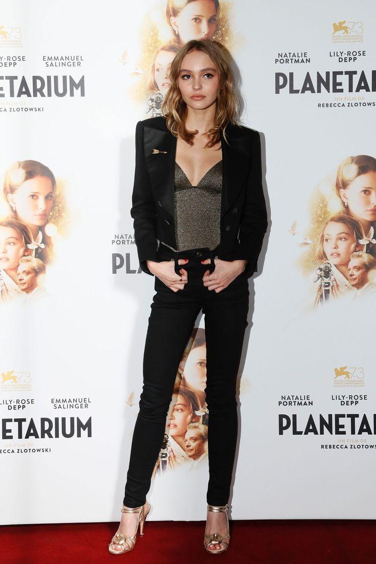 Lily-Rose Depp - Planetarium photocall, Paris - November 8 2016