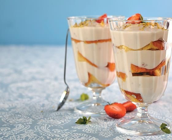 Make a delicious and cool pudding for a hot day