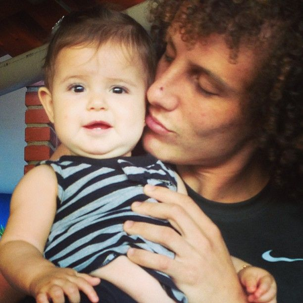 David Luiz loves kids