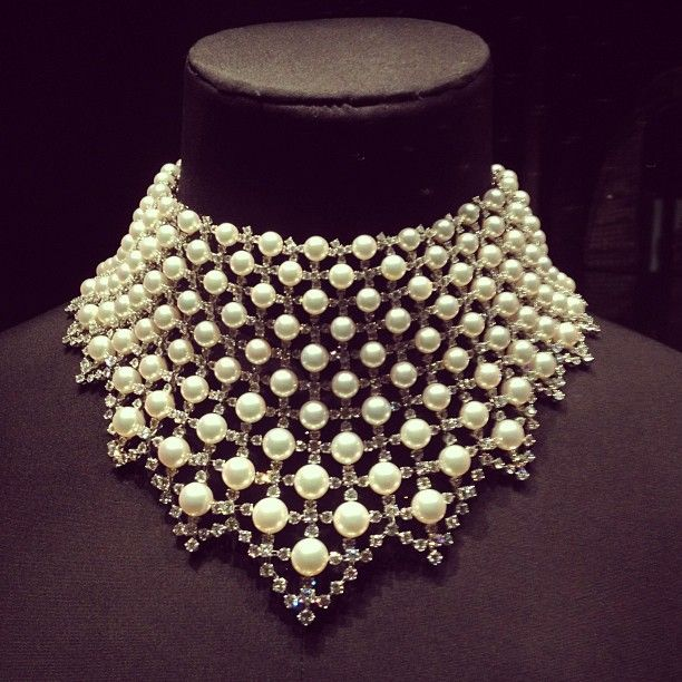 The most beautiful jewellery on display at the V&A Museum's Pearls exhibit