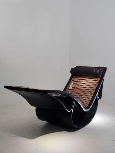 La chaise-longue Rio.Oscar Niemeyer (1907-2012). Pin adicionado por ConceptCasa.com.br