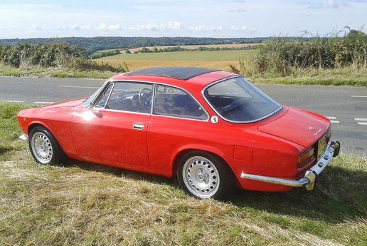 1974 Alfa Romeo 2000 GTV - Silverstone Auctions