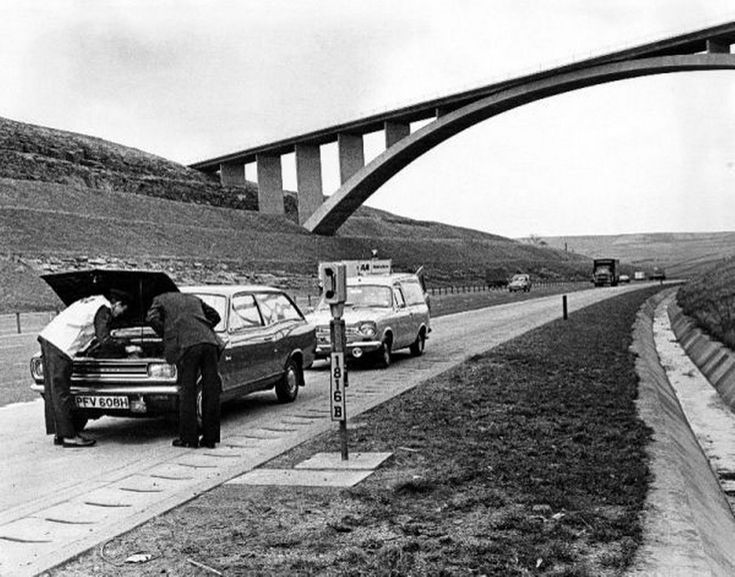 The AA called out onto the new M62 motorway at Scammonden Bridge, 1973