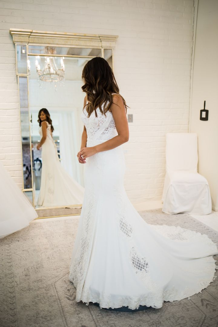 42a163b597 Wedding Wednesday  3 Tips for Picking The Perfect Wedding Gown · Haute Off  The Rack