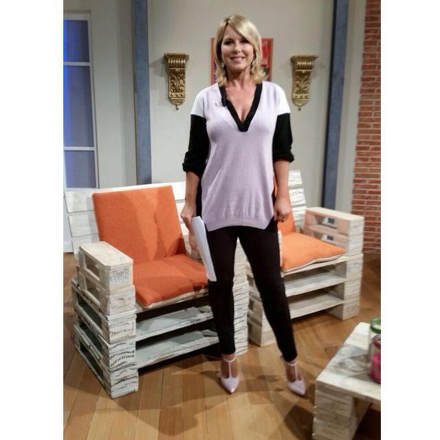 Monica Leofreddi indossa un outfit Ki6? Who are you?