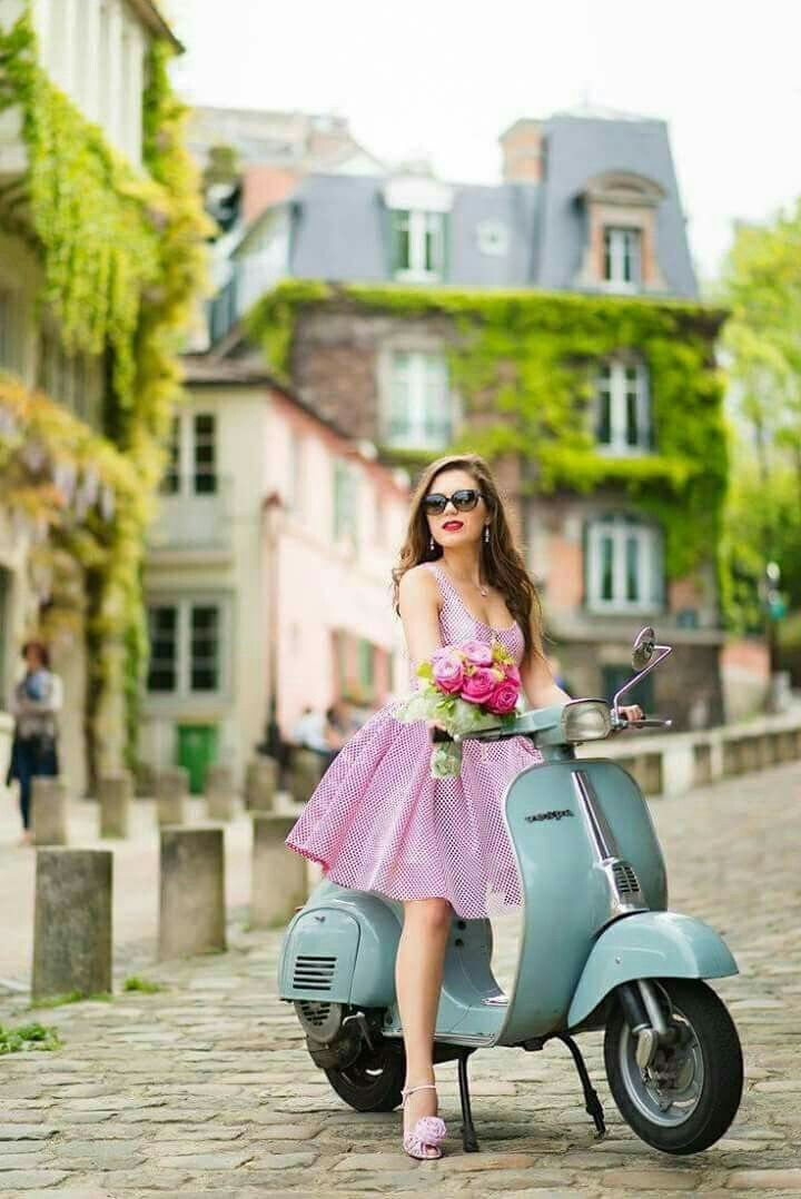 die 8192 besten bilder zu princess vespa auf pinterest motorroller vintage vespa und. Black Bedroom Furniture Sets. Home Design Ideas