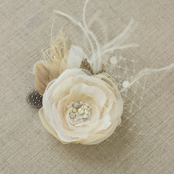 Vintage Rustic Fascinator bridal hairpiece, Burlap Wedding hair accessories, Hairclip Flower Tan Nude Beige Ivory Pearls Lace tulle Feather
