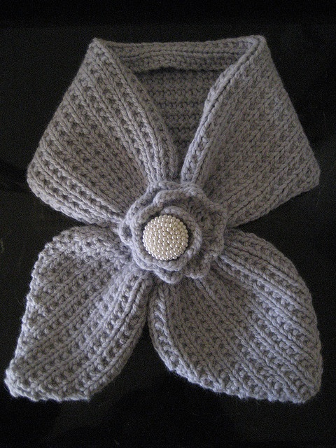 Free Crochet Pattern For Ascot Scarf : 1000+ images about ascot or keyhole scarves to knit ...