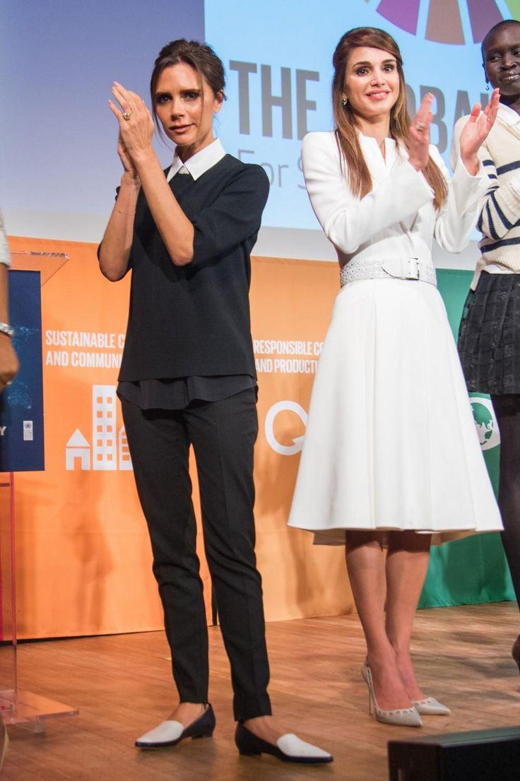 Victoria op koninklijke hoogte met Koningin Rania van Jordanië in haar puntige designerflats - Victoria Beckham's 7 beste stijlmomenten op platte schoenen