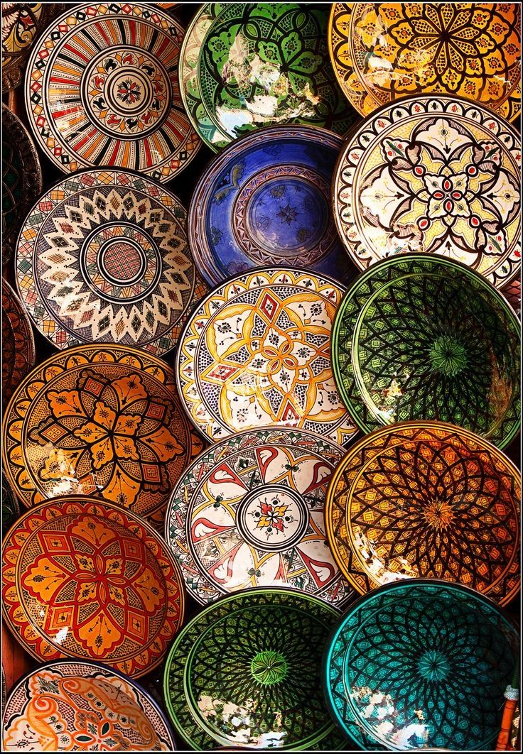 Moroccan hand painted plates art pinterest hand for Where to buy ceramic plates to paint