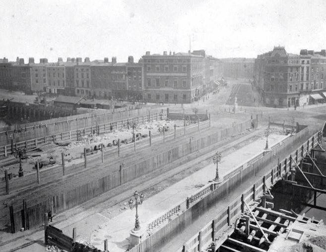 Construction of O'Connell Bridge 1879