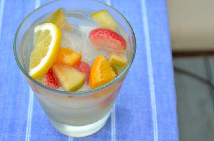 White Sangria With Apples, Oranges, and Strawberries - Three Many Cooks: Orange, White Sangria, Recipes, Strawberries, Apples
