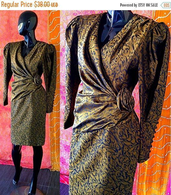Vente robe robe en soie Brocade robe Avant Garde robe Vintage