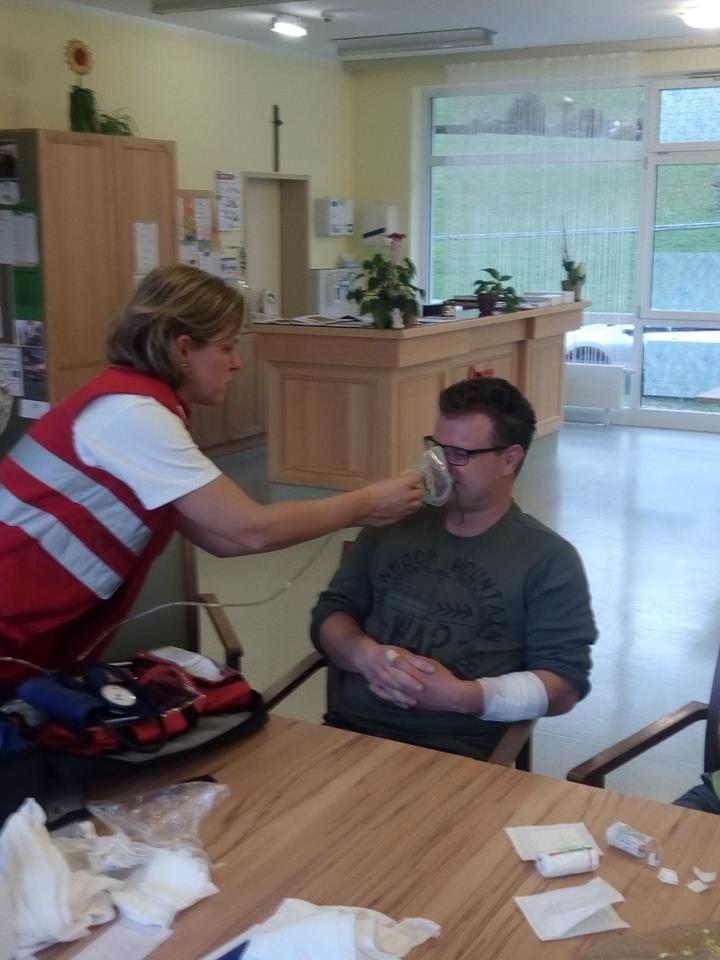 Erste-Hilfe Kurs in der Tagesstätte Bad St. Leonhard