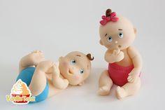 Hier ist eine Anleitung für Baby Junge und Mädchen aus Fondant.Ideal für Gender Reveal Party Torten, Geburt, Taufe oder Kindergeburtstag...