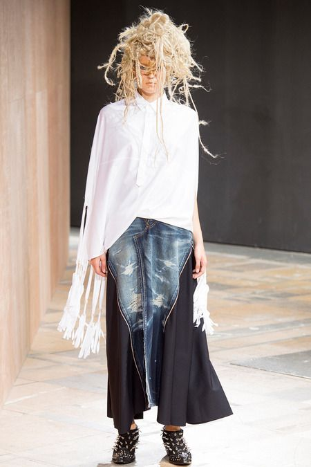 Junya Watanabe Spring 2014 Ready-to-Wear Collection Slideshow on Style.com