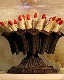 halloween party food1: Halloween Desserts, Halloween Parties, Halloween Night, Food Ideas, Fingers Food, Lady Fingers, Halloween Recipes, Halloween Treats, Halloween Food
