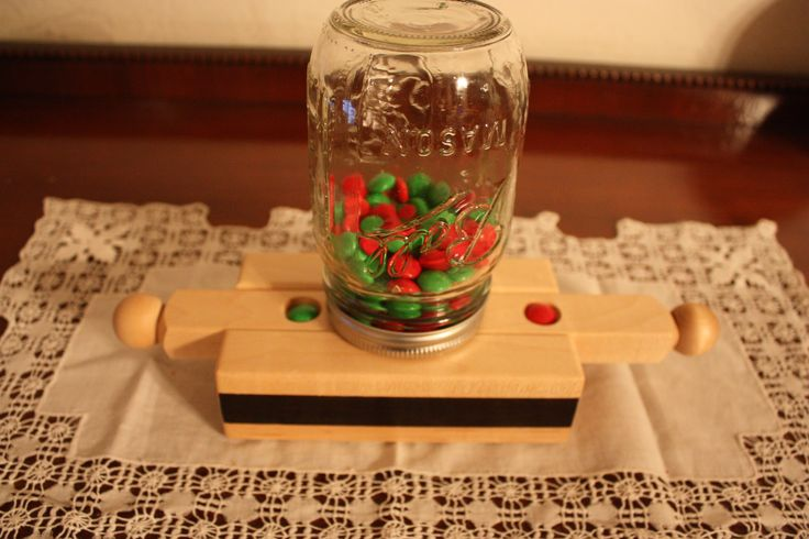 how to make a candy dispenser out of wood