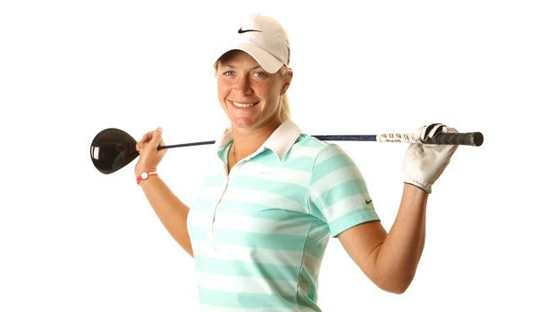 Quick 18 with Suzann Pettersen. #lpga #golf