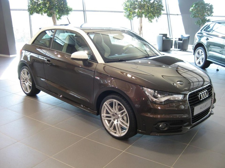 Audi A1  Lackierung Teakbraun Metallic Audi exclusive